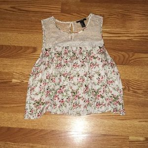 Lace Floral Crop Too